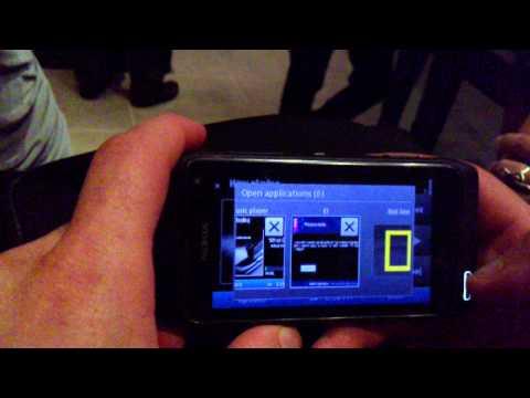 UI and new music player of the Nokia N8, credit: Dvir Reznik