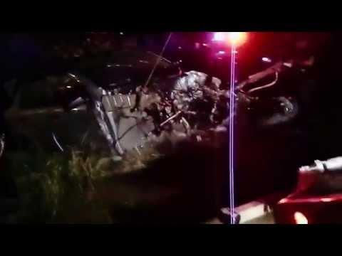 Se roban motor de vehículo accidentado