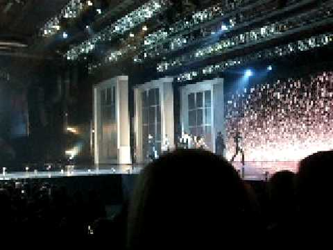 The Clothes Show Live 2008- Kate Bush Stage
