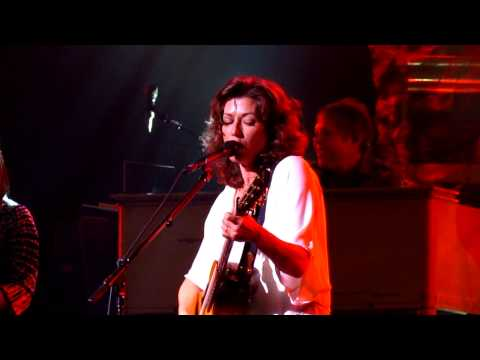 Amy Grant - Jesus loves Me/ They