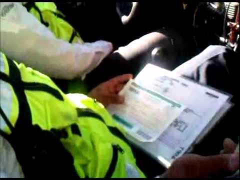 Policias de Tránsito de Tlalnepantla de Baz Extorsionando