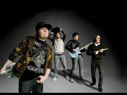 Fall Out Boy - Fame Infamy (slide-show) Video