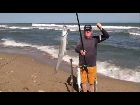 Pesca de Pejerreyes Escardones y Algo Mas en el Vivero de Miramar-Febrero de 2012.mpg