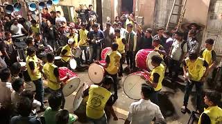 CHOLI K PICHE KYA H  song by NATRAJ NASHIK DHOL