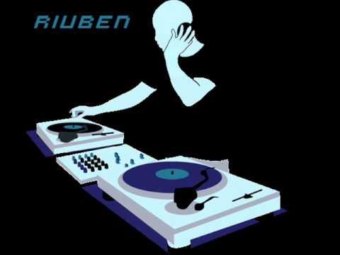 riuben CANTADITAS @ Disco-Pub Manila(29-11-14)