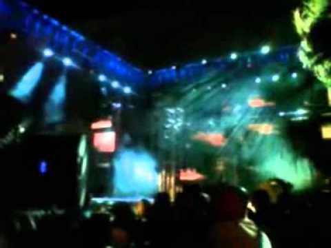 Arberie Hadergjonaj-asnjehere [live Summer Fest 2013 Tirana] video