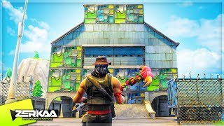 BUILDING THE BIGGEST FORTNITE BASE! (Fortnite Battle Royale)