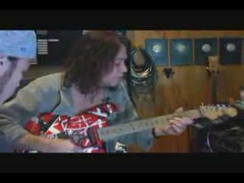 Eddie Van Halen's Frankenstein guitar replica (part 1) Video