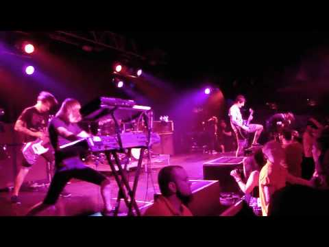 The Devil Wears Prada - Danger: Wildman (LIVE HD)