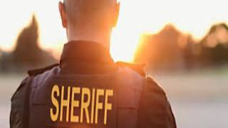 Sheriff Invites Guests To His Wedding In Criminally Funny Wa