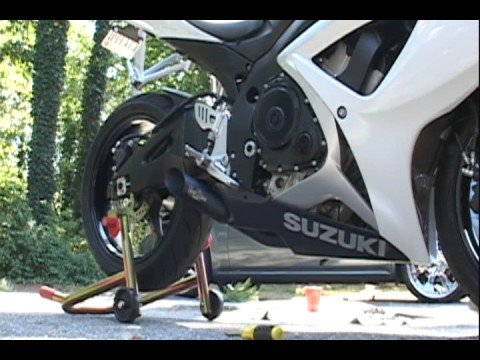 GSXR Exhaust: Stock vs.Voodoo vs.Two Brothers vs. Yoshimura
