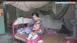 Em gái bậc khóc khi nhận 200 usd, Anh Chi Vinh Nga gửi tặng |Cuộc Sống Quê Miền Tây 16/4/2019