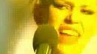 Клип Дакота - Одна (live)