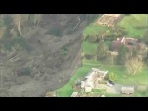 Mudslide Sweps Houses In Washington