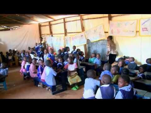 Gisele Bündchen in Kenya #1