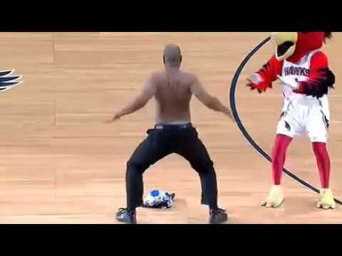 Mascotas Graciosas 2013  NBA   Mascota vs Árbitro