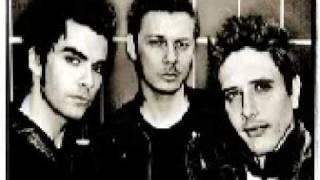 Watch Stereophonics Deadhead video