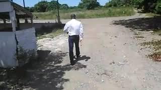 VIDEO: Haiti - Moise Jean Charles Vizite jadin bannann Jovenel Moise La, li Jovenel se yon GRO Blofeur