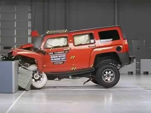 Hummer H3 CRASH TEST IIHS Moderate Overlap Test