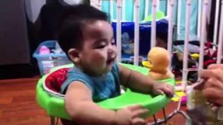 Best Thai baby laugh !!!