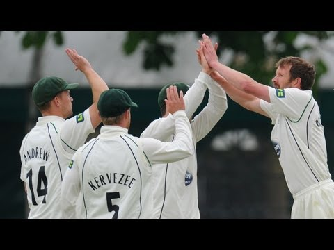 Worcestershire bowler Alan Richardson took a hat-trick against Leicestershire in their LV= County Championship clash.