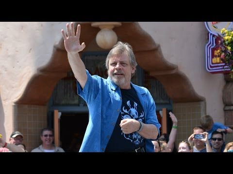 Mark Hamill Star Wars Weekends Parade Appearance, Joins Characters & Celebrities Onstage, Disney