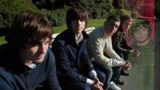 Watch Arctic Monkeys No Buses video