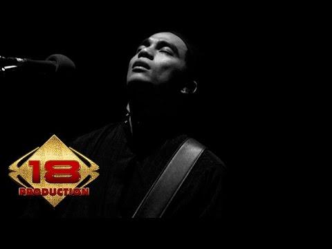 Ungu - Jika Itu Yang Terbaik (Live Konser Pontianak 4 Juli 2006)