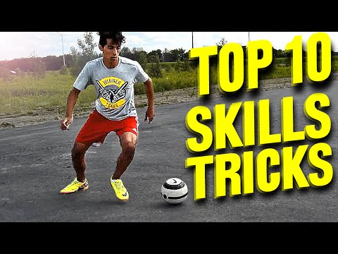 TOP 10 - Amazing Futsal Skills & Football Tricks - Tutorial