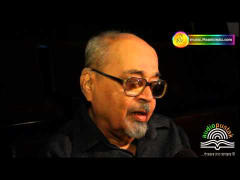 Mangesh Padgoankar Expressing His Views About Marathi Audio Book Nadikathi video