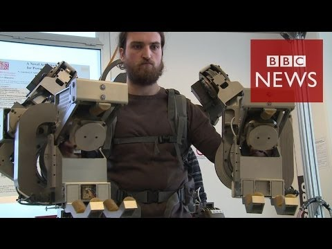 'Robo-suit' lets man lift 100kg - BBC News