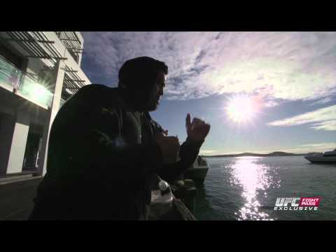 Fight Night Japan: Mark Hunt Gym Escape