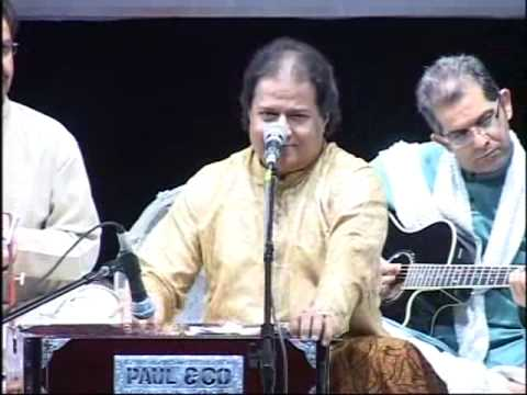 Anup Jalota performing for Swar Rang : Maiya mori main nahi...