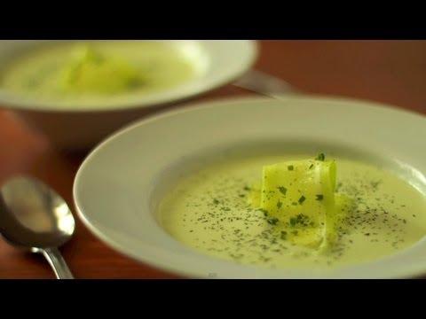 Sopa fría de pepino y yogur - Recetas de cocina fácil