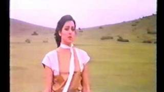 Jaan Hateli Pe Lekar Aaya Tera Deewana