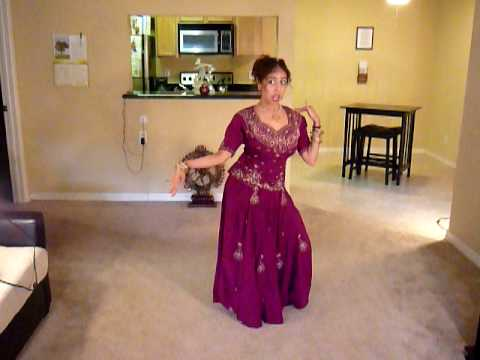 Sumonas Aaja Nachle Bollywood Dance