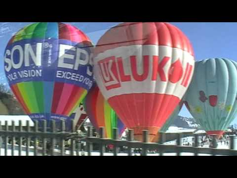 International Hot-air Balloon Festival in Chateau-d Oex 2009 (HD)