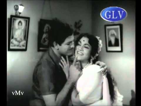 Tamil Old--enna Paravai Sirakadithu(vmv)--p Suseela--karthighai Deepam video