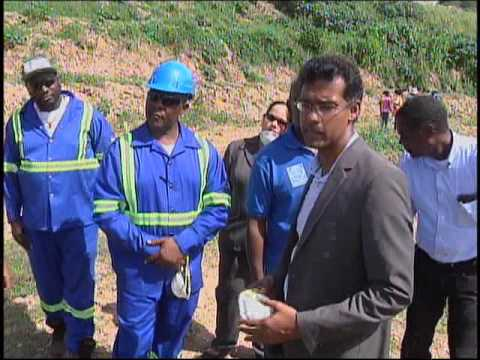 Public Utilities Minister Tours Material Recovery Facility