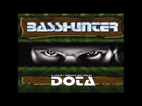 Basshunter - Vi Sitter Hr I Venten Och Spelar Lite Dota