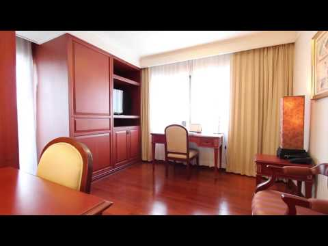 2 Bedroom Serviced Apartment for Rent at Centre Point Sukhumvit 10 SV020019