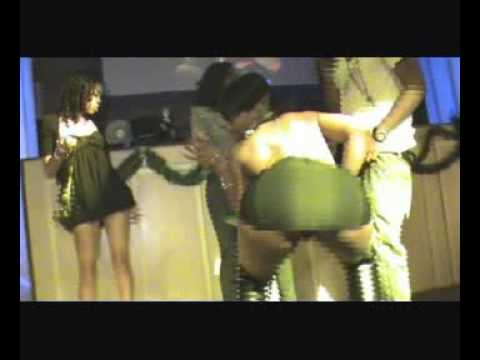Booty contest June Summers New Years Eve party