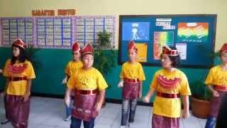 Download Lagu Ampar Ampar Pisang, Sekolah Tunas Bangsa Puri Gardena Full HD 1080 Gratis STAFABAND