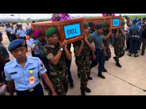 RFI Khmer News on 02 January 2015,បារាំងបញ្ជូនភ្នាក់ងារទៅជួយរុករកយន្តហោះ AirAsia