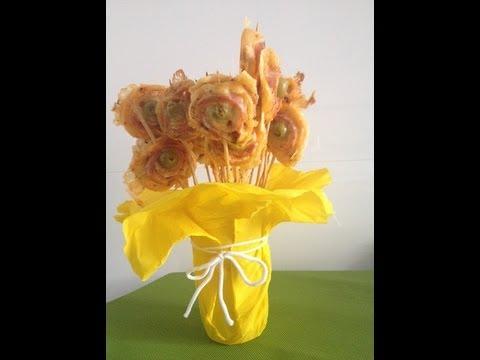 Piruletas de hojaldre jamon y queso. Aperitivo fácil