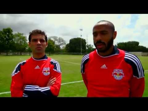 Thierry Henry / Rafa Marquez - Red Bull Futbol Maestros 2011