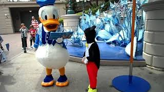 Donald meets Mickey.......and gets jealous!