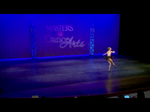 Dance Moms: Full Dance: Come to the Cabaret (S4, E15)