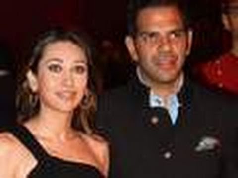 Karishma Kapoor BACK with hubby Sanjay!