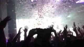 Tiësto at echostagedc on 12/15/12. Maximal Crazy!